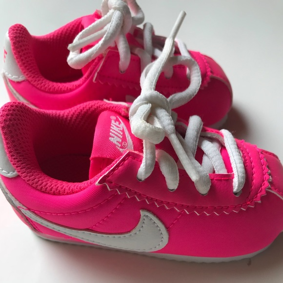 the best attitude 43227 e0ce0 NIKE CORTEZ NYLON BABY GIRLS TRAINER SHOES